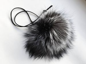 Necklace with fox pompom
