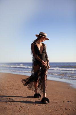Beach dress in black