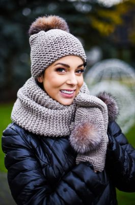 Knitted wool hat, snood and gloves set in light beige