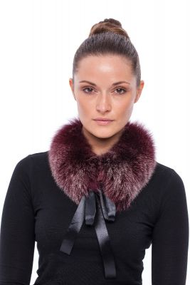 Collar from fox Bordo