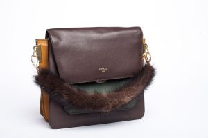 Bag handle mink fur brown