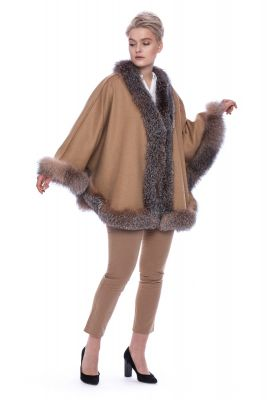 Wool and cashmere poncho beige with golden silver fox
