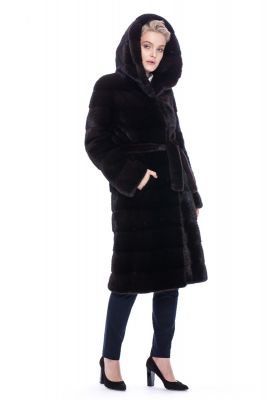Mink fur coat in brown