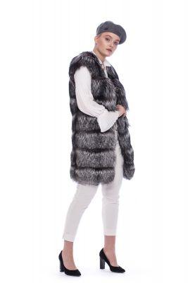 Wool beret in dark grey colour