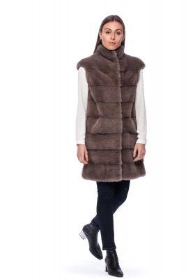 Long vest of cappuccino mink