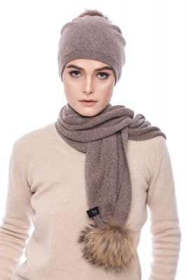 Cashmere  and wool scarf brown with pompoms raccoon