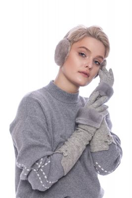 Long wool gloves with grey mink fur