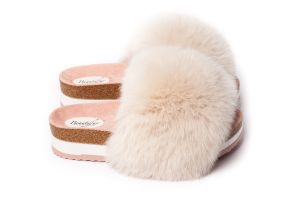 Slippers with fox fur in beige colour