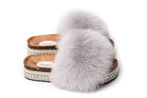 Slippers with fox fur in  light grey