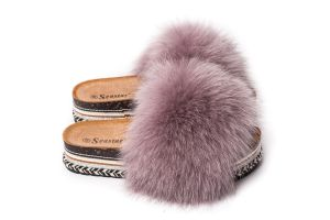 Slippers with dusty rose fox fur (NEW)