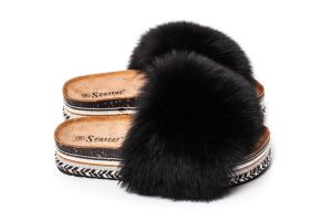 Slippers with black fox fur (NEW)