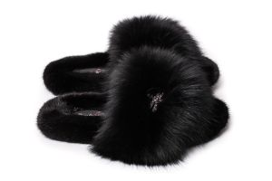 Slippers with mink and fox fur in black