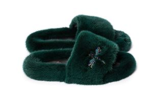 Slippers with mink fur in green colour