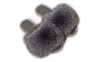 Slippers with dark grey fox fur