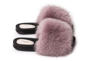 Slippers with fox fur in  dusty rose  colour (NEW)