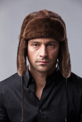 """Hat """"Ushanka"""" mink natural brown"""