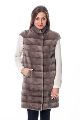 Long vest of grey mink