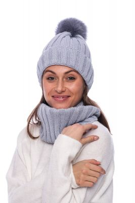 Set of wool snood and hat with pompom (grey)