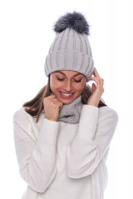 Set of wool snood and hat with pompom (dark grey)