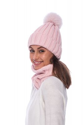 Set of wool snood and hat with pompom (pink)