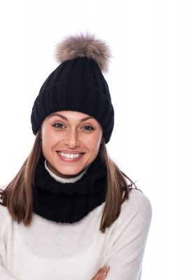 Set of wool snood and hat with pompom (black/raccoon)