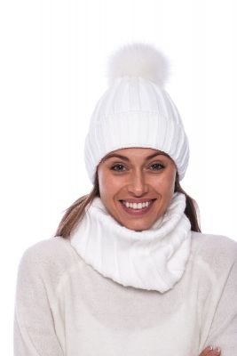 Set of wool snood and hat with pompom (white)