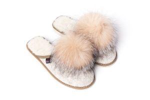 Slippers  with fox fur pompom (beige)