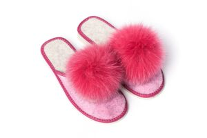 Slippers with fox fur pompom (pink)