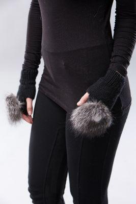 Wool wristlets short black with blue silver fur