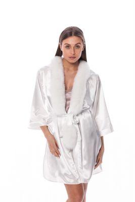 Satin robe with fox fur decor in white