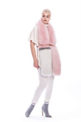 Perforated scarf fox pink