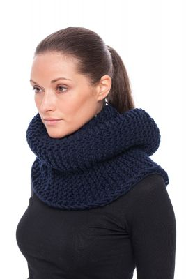 Wool hood/snood (blue)