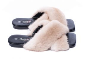 Slippers with mink fur beige