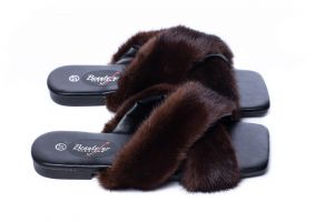 Slippers with mink fur brown