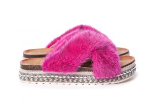 Slippers with mink fur pink