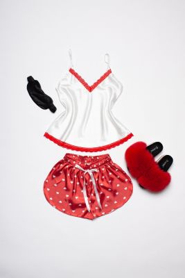 Set of pyjamas and sleeping mask eyes bandage (red)