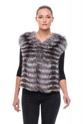 Short vest of blue silver fox on silk