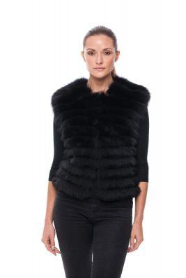 Short vest of black fox on silk