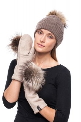 Beige wool mittens with raccoon pompom