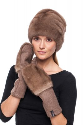 Wool mittens with mink brown