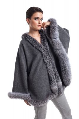 Wool and cashmere poncho grey with silver blue fox