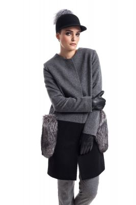 Wool and cashmere coat grey/black with blue silver fox pockets