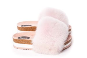 Slippers with fox fur in pink