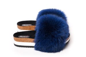 Slippers with fox fur in blue
