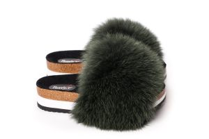 Slippers with fox fur in green