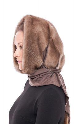 Mink fur hood in light brown