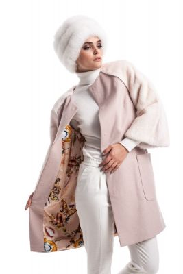 Wool and cashmere coat pink with beige mink sleeves