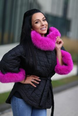 Hooded jacket with fox fur in black color