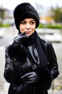 Mink fur hat black with big black pompom