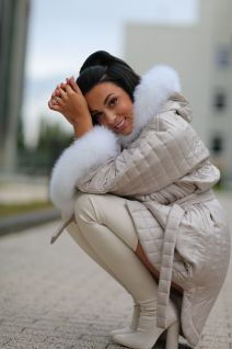 Hooded jacket with fox fur in beige color